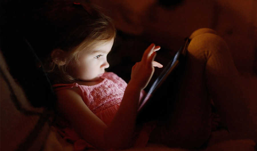 Using Electronic Devices Before Bed Tied To Lousy Sleep
